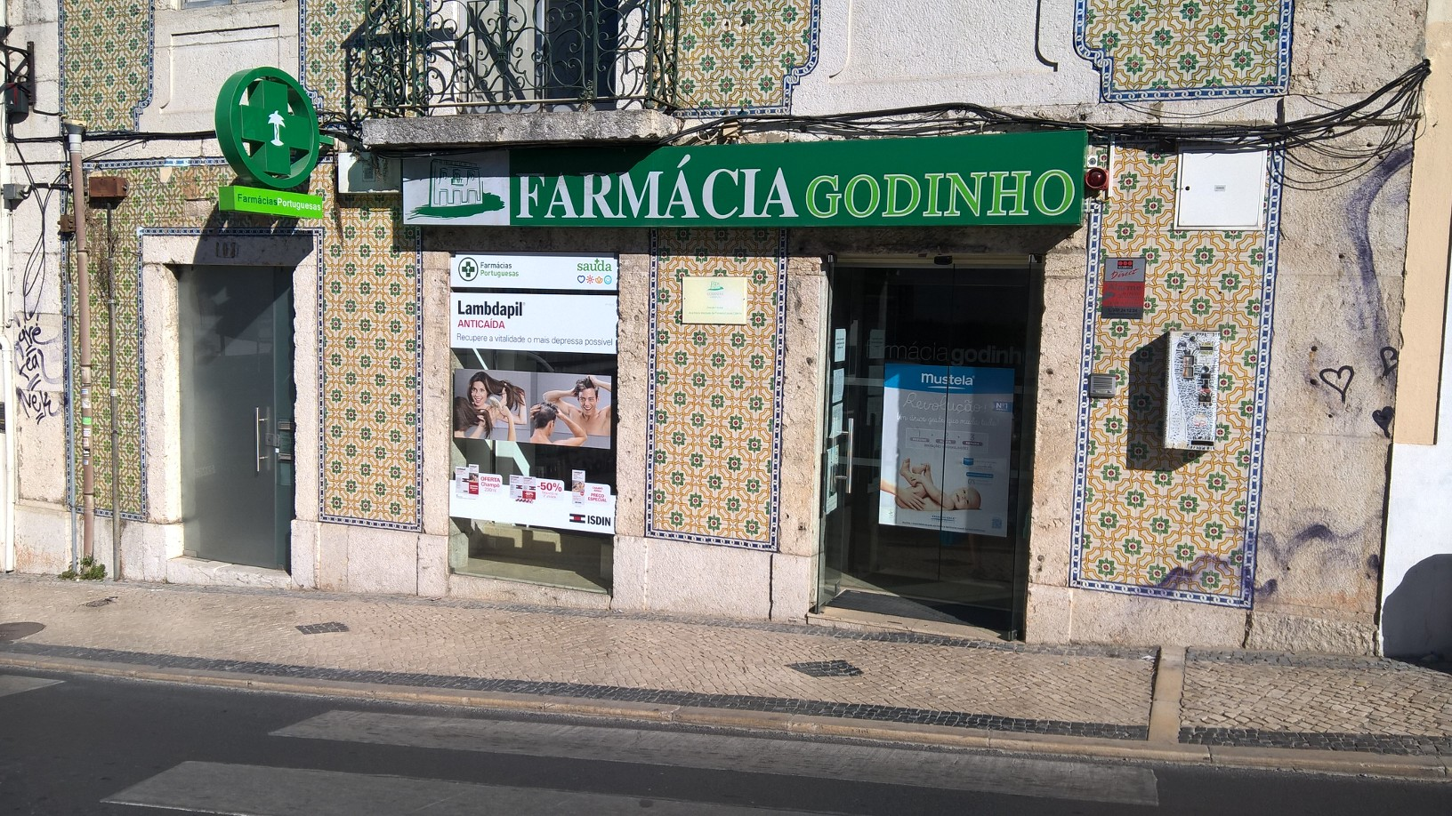 FarmáciasGrupoPraxis-FarmáciaGodinho2
