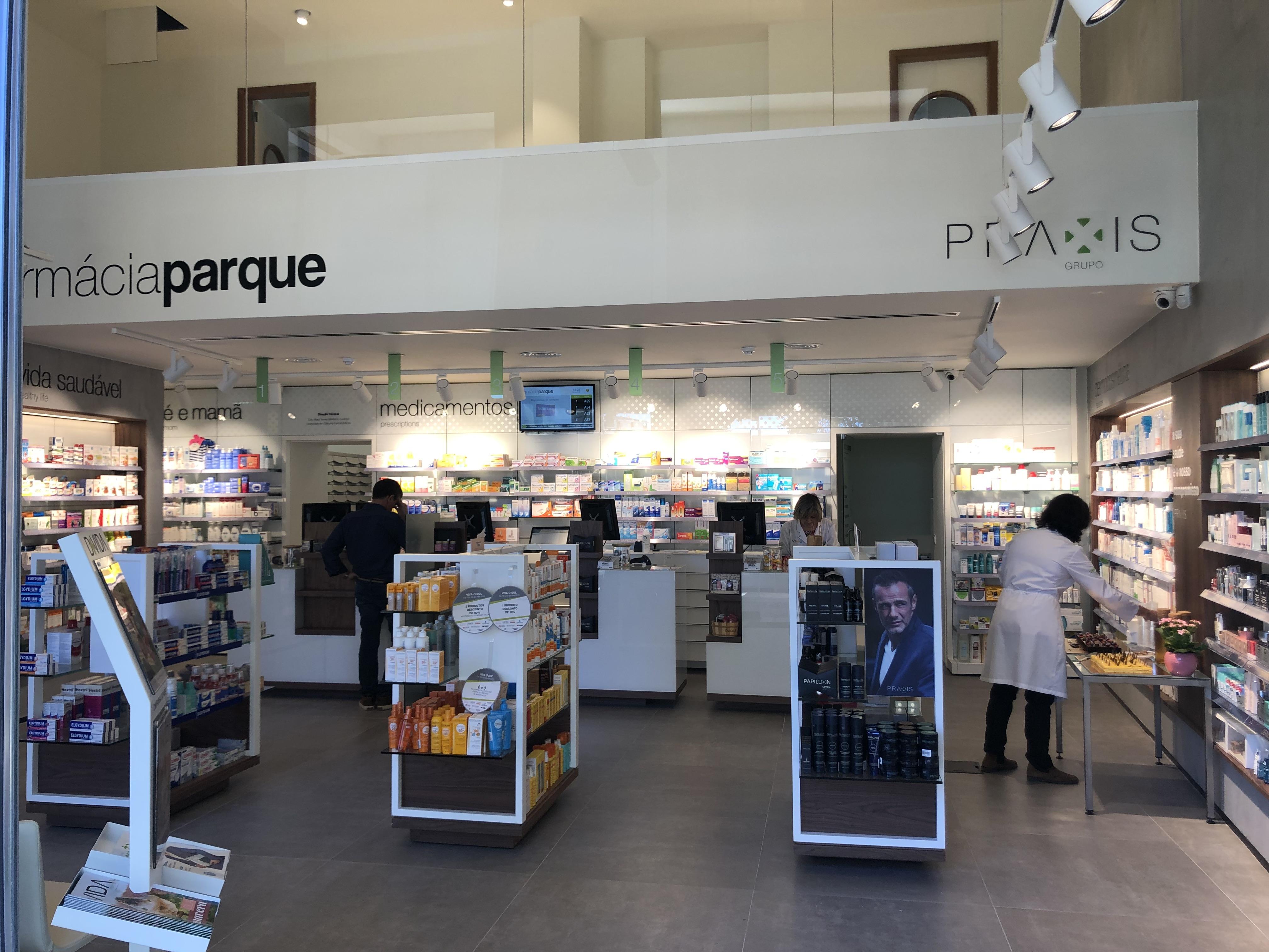 FarmáciasGrupoPraxis-FarmáciaParque2